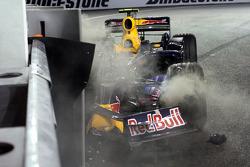 Mark Webber, Red Bull Racing wrecked car