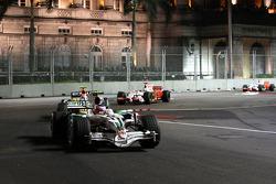 Rubens Barrichello, Honda Racing F1 Team, RA108 leads Nelson A. Piquet, Renault F1 Team, R28