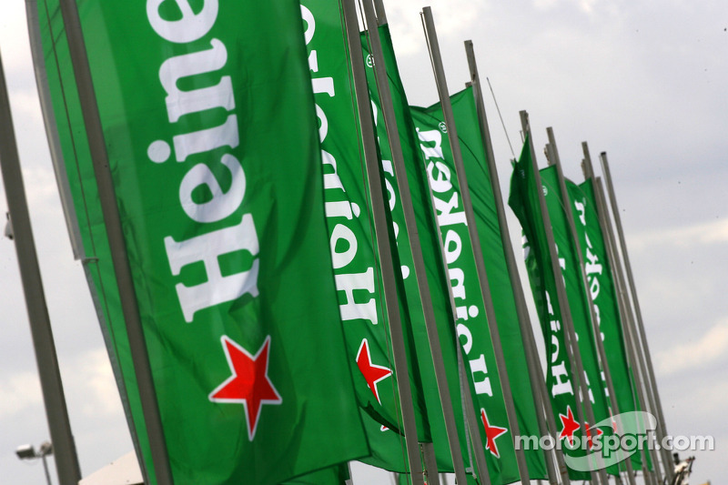 Heineken flags