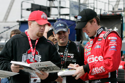 Carl Edwards signs autographs