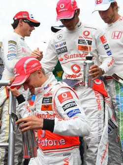 Heikki Kovalainen, McLaren Mercedes et Lewis Hamilton, McLaren Mercedes