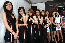 TW Steel girls