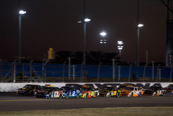Brian Vickers, Red Bull Racing Team Toyota, and David Ragan, Roush Fenway Racing Ford, lead the field on the Superstretch