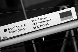 Pit board for #2 Audi Sport Team Joest Audi R15 TDI: Rinaldo Capello, Tom Kristensen, Allan McNish