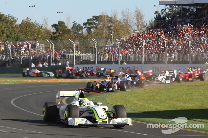 Start: Jenson Button, Brawn GP ve field