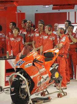 Ducati Marlboro pit box