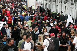 New Zealand V8 fans