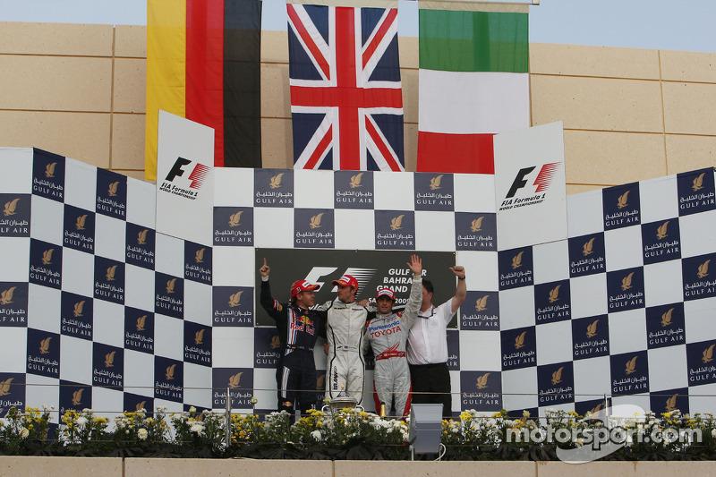 Podium: race winner Jenson Button, Brawn GP, second place Sebastian Vettel, Red Bull Racing, third p