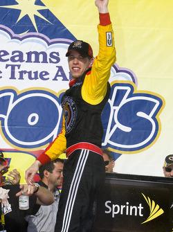 Victory lane: race winner Brad Keselowski, Phoenix Racing Chevrolet celebrates