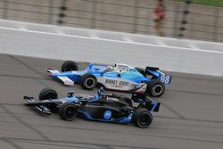 Danica Patrick, Andretti Green Racing laps Stanton Barrett, Curb/Agajanian/3G
