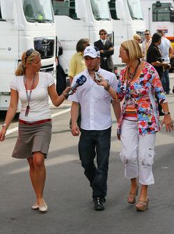 Nick Heidfeld, BMW Sauber F1 Team being interviewed