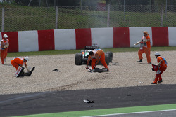 Crash in the first corner, Adrian Sutil, Force India F1 Team
