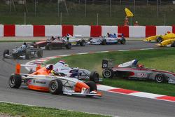 Come Ledogar, DAMS and Jack Te Braak, Muecke Motorsport off the track