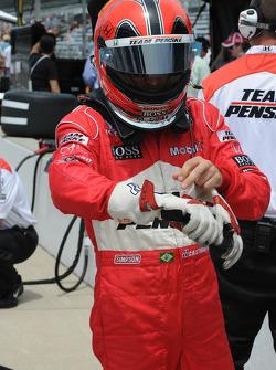 Helio Castroneves, Penske Racing gets ready