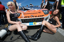 Sexy girls with the pole sitting #40 Raeder Automotive GmbH Ford GT