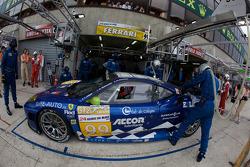 Pit stop for #99 JMB Racing Ferrari F430 GT: Christophe Bouchut, Manuel Rodrigues, Yvan Lebon