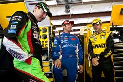 Kyle Busch, Joe Gibbs Racing Toyota, Greg Biffle, Roush Fenway Racing Ford, Matt Kenseth, Roush Fenway Racing Ford