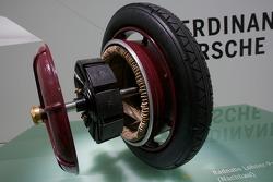 Moyeu de roue de la 1900 Lohner-Porsche Elektromobil