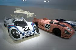 1971 Porsche 917 KH Coupé and 1971 Porsche 917/20 Coupe_