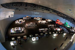 Silver arrows: overview of the room