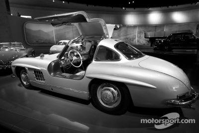 Visita al Museo de Mercedes-Benz