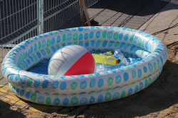 Corner worker's kiddie pool