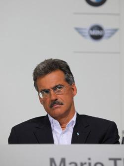 Dr. Mario Theissen (BMW Sauber F1 Team, BMW Motorsport Director)
