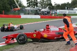 Luca Badoer, Test Driver, Scuderia Ferrari, crashed in qualifying