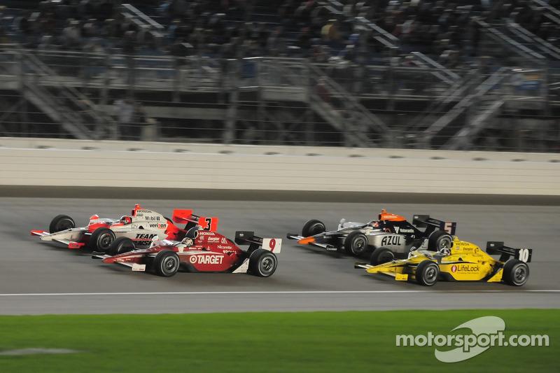 Helio Castroneves, Team Penske; Scott Dixon, Target Chip Ganassi Racing; Dario Franchitti, Target Chip Ganassi Racing; and Mario Moreas, KV Racing Technology