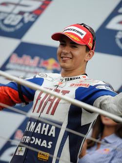 Подиум: победитель гонки - Хорхе Лоренсо, Fiat Yamaha Team