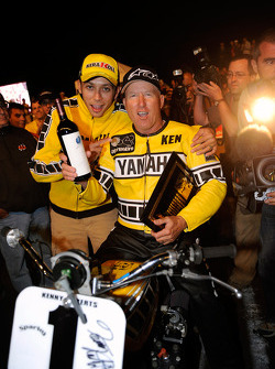 Kenny Roberts with the Yamaha TZ 750 and Valentino Rossi, Fiat Yamaha Team at the Indy Dirt Track Mile