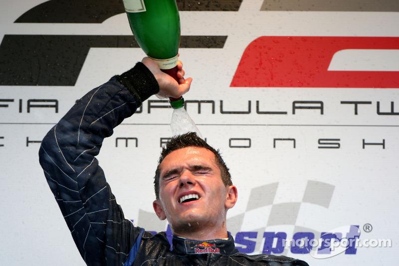 2009 год, победа в Формуле 2.