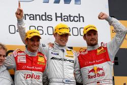 Второе место - Тимо Шайдер, первое место - Пол ди Реста, третье место - Мартин Томчик