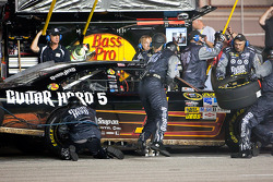 Pit stop for Martin Truex Jr., Earnhardt Ganassi Racing Chevrolet