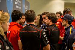 Les pilotes de Formule E en discussion