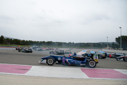 Start, two wheels, Joel Eriksson, Motopark Dallara F312 – Volkswagen, Zhi Cong Li, Carlin Dallara F312 – Volkswagen