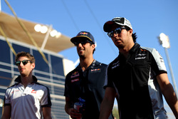 Sergio Perez, Sahara Force India F1, Daniel Ricciardo, Red Bull Racing and Romain Grosjean, Haas F1 Team