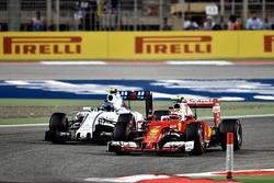 Kimi Räikkönen, Ferrari SF16-H und Valtteri Bottas, Williams FW38