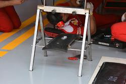 Ferrari karbon fiber ağırlık