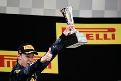 Podium: tercero, Daniil Kvyat, Red Bull Racing