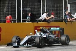 Sieger Nico Rosberg, Mercedes AMG F1 Team W07