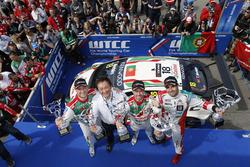 Podium: Winner Tiago Monteiro, Honda Racing Team JAS, Honda Civic WTCC; second place Mehdi Bennani, Sébastien Loeb Racing, Citroën C-Elysée WTCC; third place Rob Huff, Honda Racing Team JAS, Honda Civic WTCC