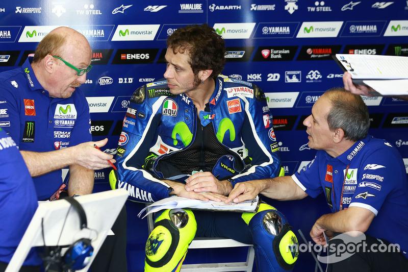 Valentino Rossi, Yamaha Factory Racing con Silvano Galbusera y Luca Cadalora