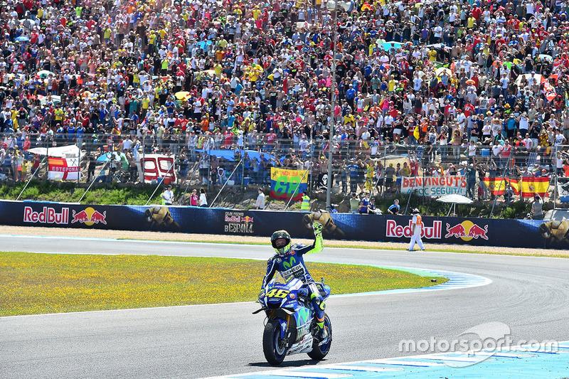 Rossi tras la victoria el pasado año en Jerez