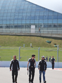 Sergio Perez, Sahara Force India F1 walks the circuit with Tim Wright, Sahara Force India F1 Team Race Engineer