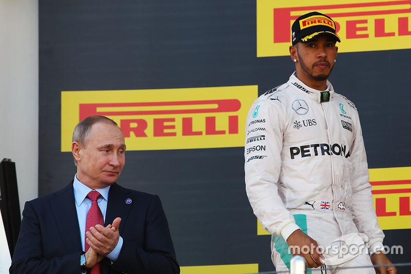 Tras las cuatro primeras carreras, Hamilton tuvo la mayor desventaja del año: 43 puntos. Cuatro victorias de Rosberg