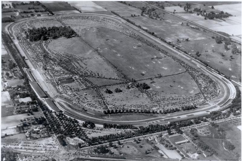 1936: Der Indianapolis Motor Speedway von oben