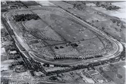 Der Indianapolis Motor Speedway von oben