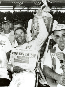 Race winner Rodger Ward