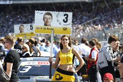 Gridgirl von Paul Di Resta, Mercedes-AMG Team HWA, Mercedes-AMG C63 DTM